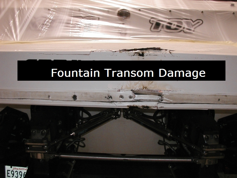 800W 35′ Fountain Damaged Transom